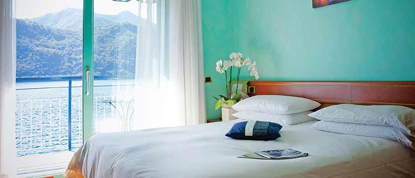 Hotel Giardinetto, Lake Orta, Italy - bedroom.jpg